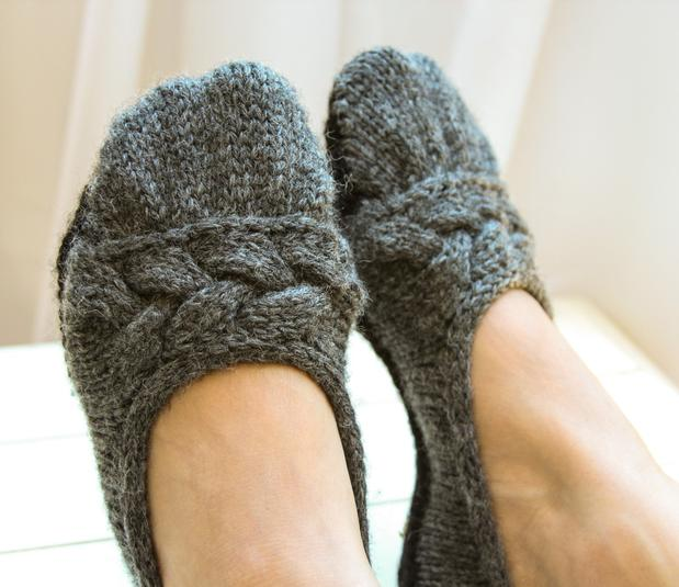 Cloud Nine Ballet Slippers - Knitting Patterns and Crochet Patterns from Knit...