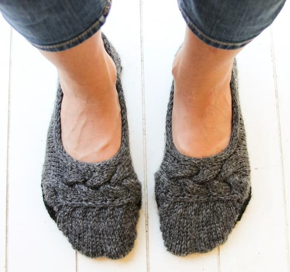 Knitting On The Net Slippers : Cloud nine ballet slippers knitting patterns and crochet