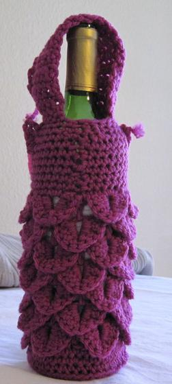 Owl Drink to That Wine Bag - Knitting Patterns and Crochet Patterns from Knit...