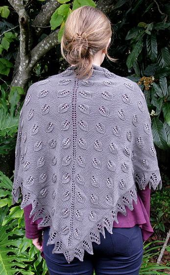 Embossed Leaves Shawl - Knitting Patterns and Crochet Patterns from KnitPicks...