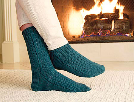 Home / Patterns / New / Cable Clock Socks Pattern