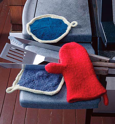 Knitting Pattern Oven Gloves : FREE KNITTING PATTERNS OVEN MITTS - VERY SIMPLE FREE KNITTING PATTERNS