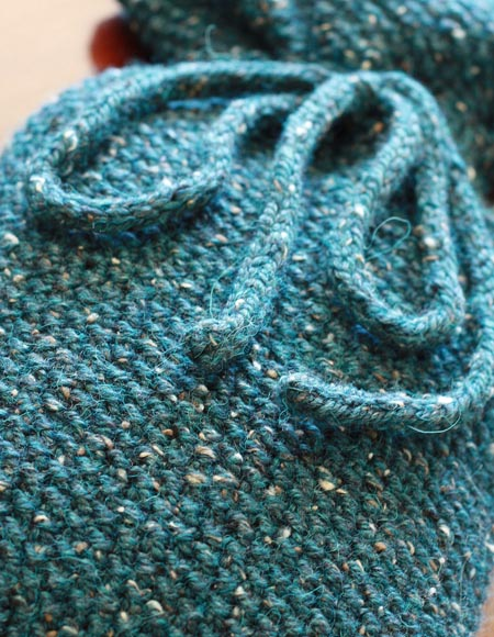 Chunky Knit Scarves Patterns : Quick Seed Stitch Hot Water Bottle Cover Pattern - Knitting Patterns and Croc...