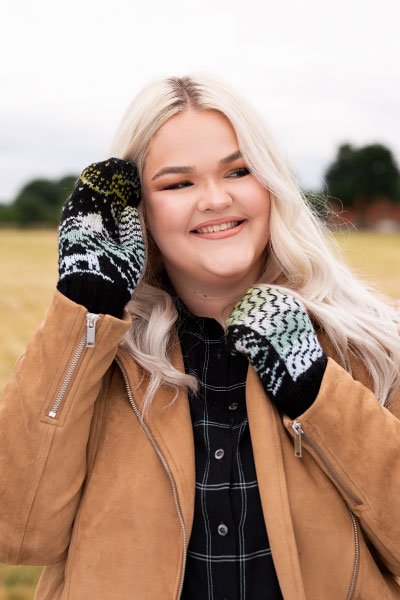 Woodland Winter Mittens - Knitting Patterns and Crochet Patterns ...