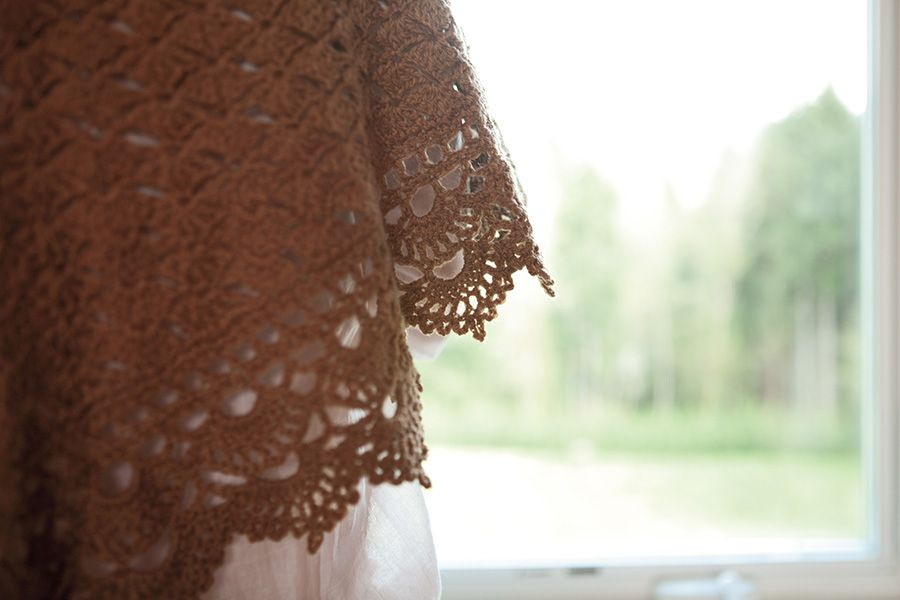 Scallop Knitting Pattern : - Knitting Patterns and Crochet Patterns from KnitPicks.com by Edited by Knit...