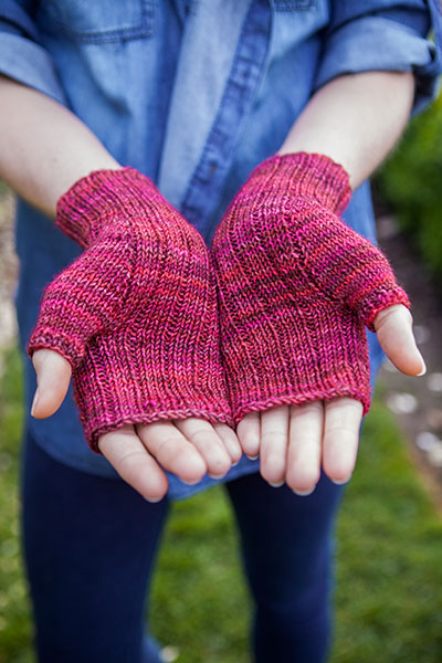 Knit Pattern Heart Mittens : Heart Lace Mitts - Knitting Patterns and Crochet Patterns from KnitPicks.com ...