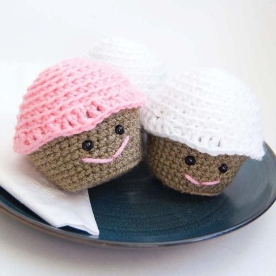 Free Amigurumi Knitting Patterns For Beginners : Amigurumi Crochet Cupcake - Knitting Patterns and Crochet ...