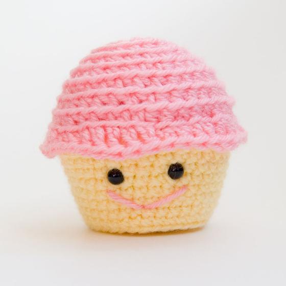 Free Amigurumi Crochet Patterns Cupcake : Amigurumi Crochet Cupcake - Knitting Patterns and Crochet ...