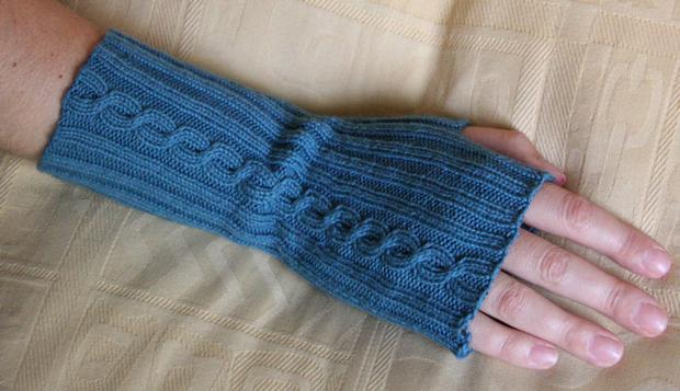Knitting Pattern Fingerless Mittens Two Needles : Comfy Fingerless Mittens - Knitting Patterns and Crochet Patterns from KnitPi...