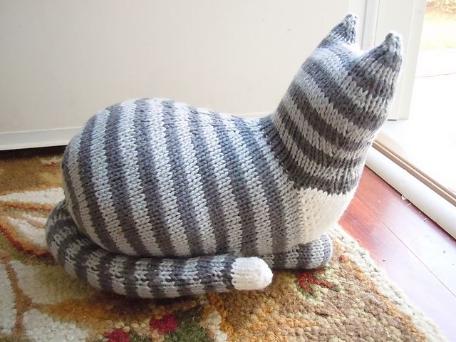 Aran Cushion Cover Knitting Patterns : The Parlor Cat Pattern - Knitting Patterns and Crochet Patterns from KnitPick...