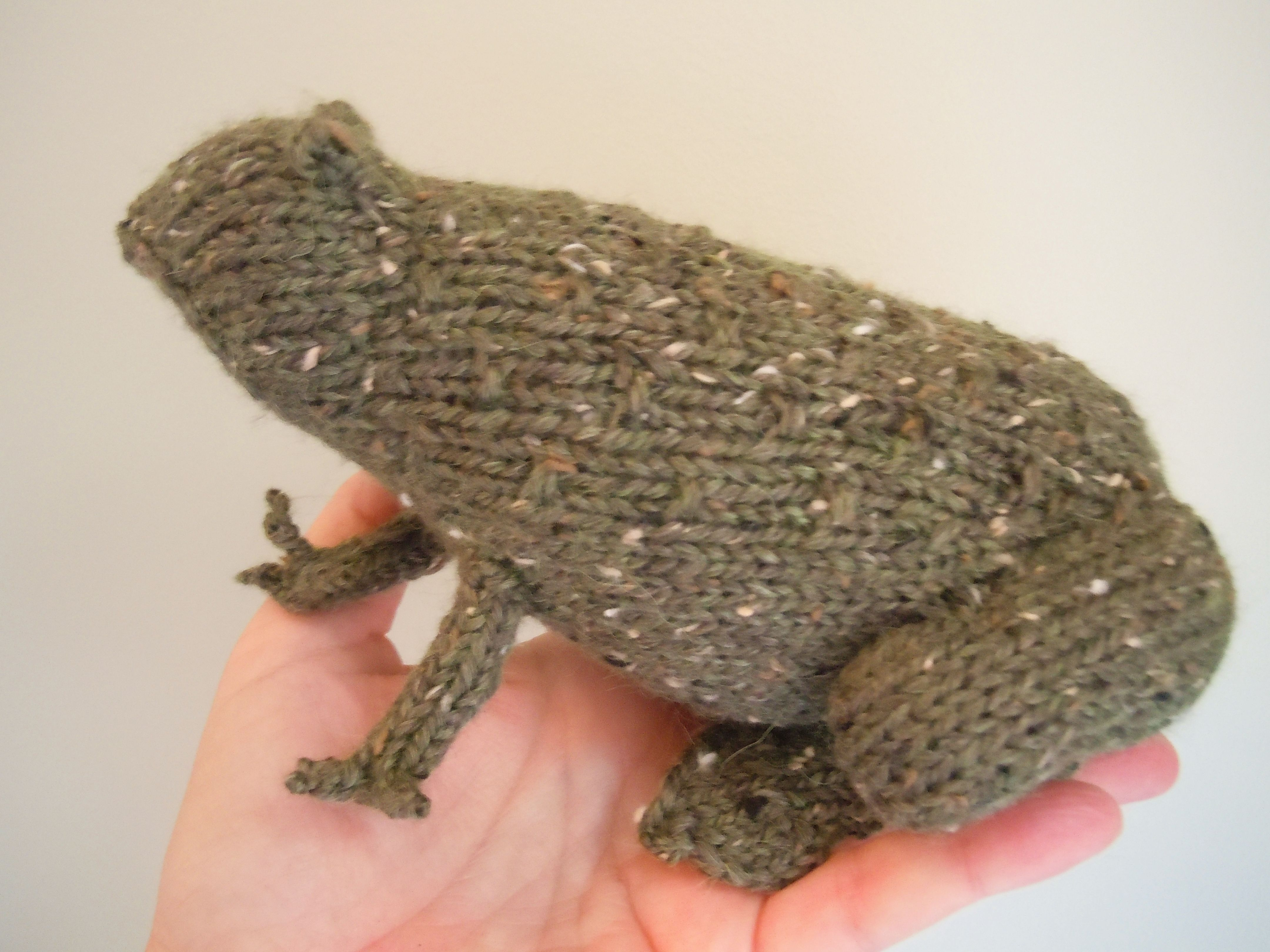 Tweed Toads Pattern - Knitting Patterns and Crochet Patterns from KnitPicks.com