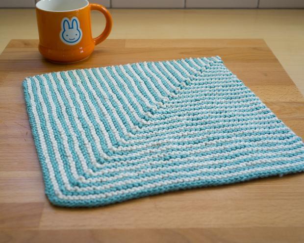 Knitting Washcloth Patterns : Ridge Washcloth - Knitting Patterns and Crochet Patterns from KnitPicks.com