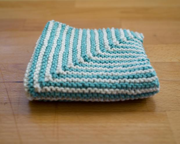 Washcloth Knitting Patterns For Beginners : Ridge Washcloth - Knitting Patterns and Crochet Patterns from KnitPicks.com