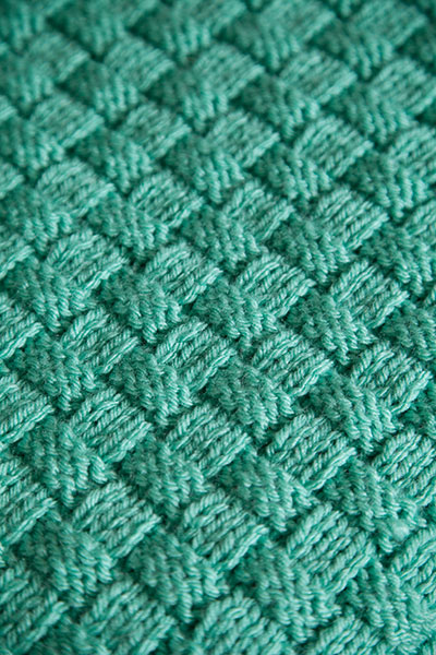 Comfort Knit Pet Blanket - Knitting Patterns and Crochet ...