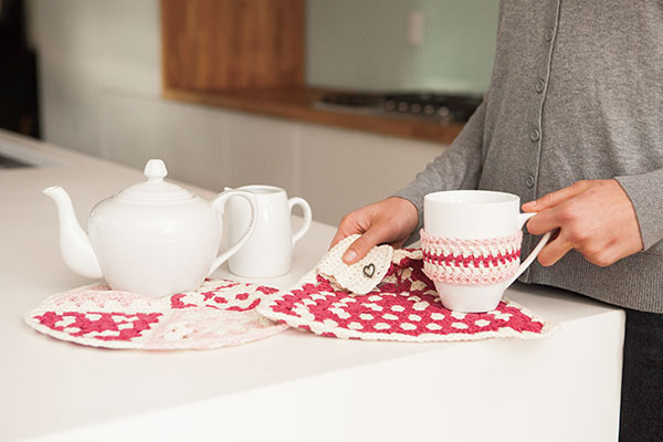 Not Your Granny's Kitchen Set eBook - Free Crochet Pattern