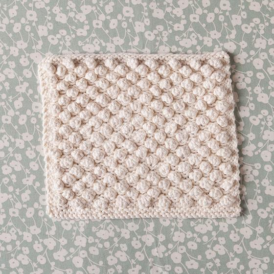 Knit Bobble Stitch In The Round : Snowbobbles Dishcloth - Knitting Patterns and Crochet Patterns from KnitPicks...