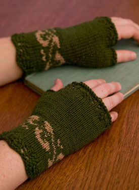 Twist Of Elegence Fingerless Mittens Pattern