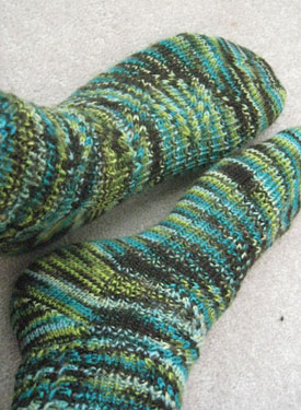 Crossing Paths Socks Pattern