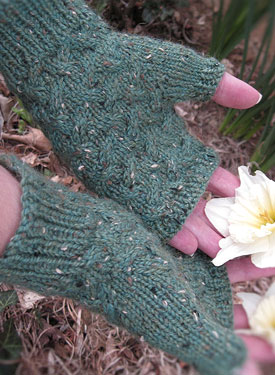 Estesian Fingerless Mitts