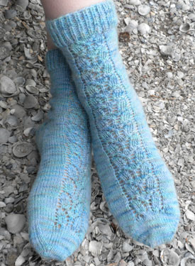 Airy Lace Panel Socks