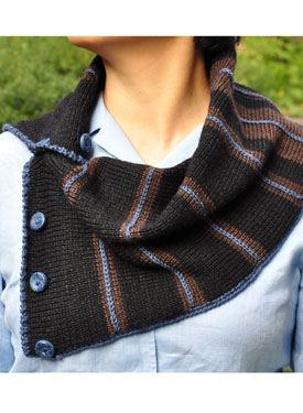Simple, Easy and Stylish Neck Warmer