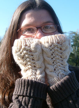 Cable-Lacey's Fingerless Mitts