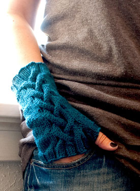 Trilsean Fingerless Mitts