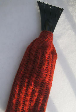 Ice & Snow Scaper Mitt