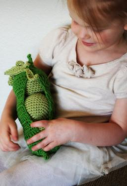 Cotton Peas in Pod Crochet Toy
