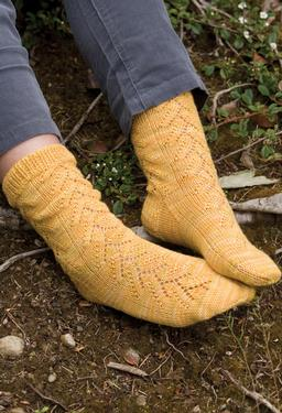 Oregon-Grape Socks