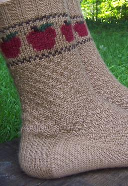 Apple Basket Socks