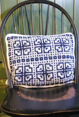 Brava Colorwork Pillow