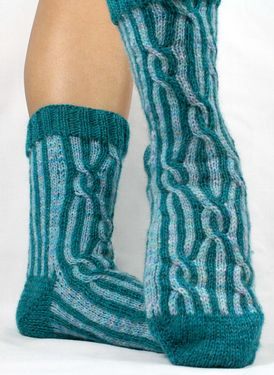 Crazy Crazy Eights Socks Pattern