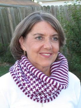 Houndstooth and Stripe Cowl