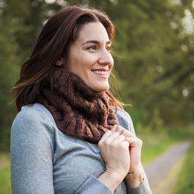 Simple Cabled Cowl