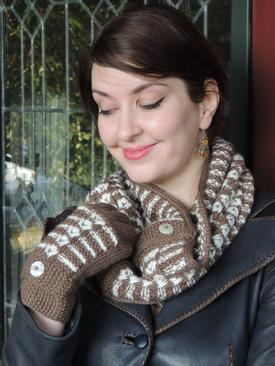 Moose Tracks Fingerless Gloves and Cowl Set