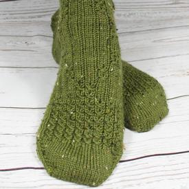 Mock Cable Diamond Socks