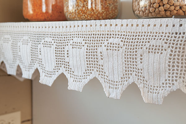 Free Knitting Patterns For Lace Curtains : Shelf and Curtain Trim - Knitting Patterns and Crochet Patterns from KnitPick...