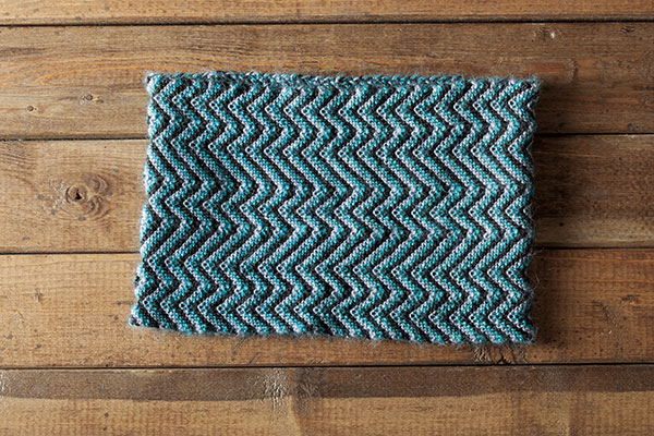 Peaks and Valleys Cowl