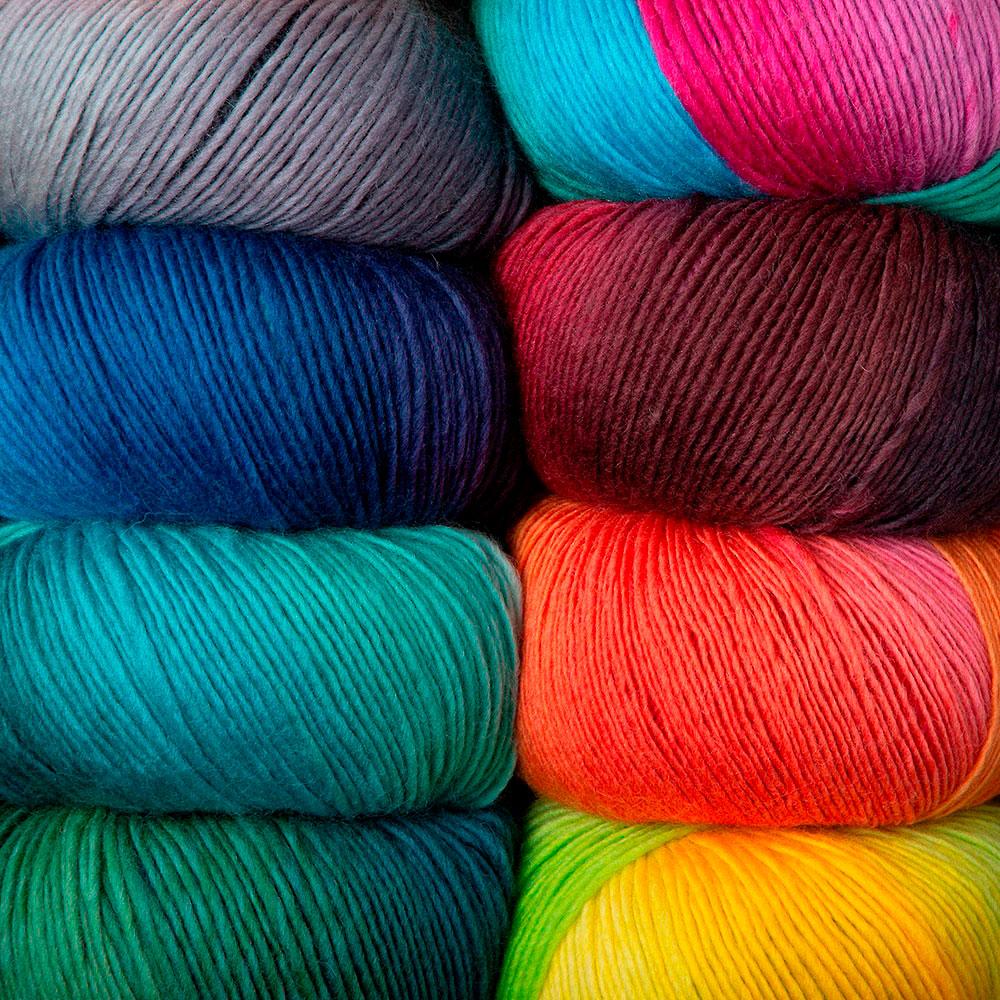 Machine Knitting Yarn Australia : Chroma worsted yarn knitting from knitpicks