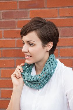 Swiss Tweed Crochet Cowl Pattern