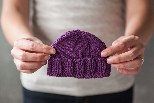 Calming Baby Knit Hat free knitting pattern