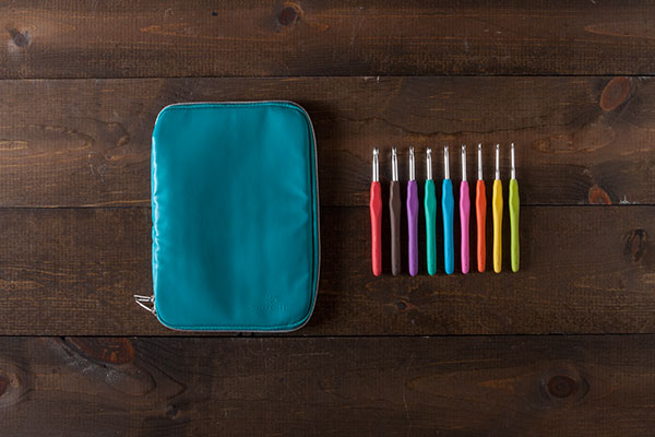 Knit Picks Crochet Hooks and Case - Teal
