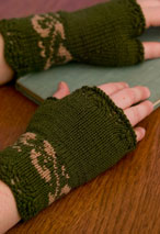 Twist Of Elegence Fingerless Mittens Pattern Pattern