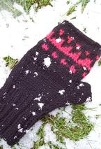 Cave Painting Hat and Mitts Set Pattern