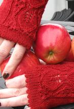 Apple of My Eyelet Fingerless Gloves Pattern