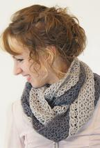 Double Twist Crochet Cowl Pattern
