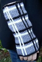 Kelly Fingerless Mitts Pattern