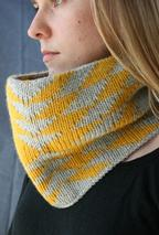 Arrows Cowl Pattern