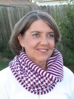 Houndstooth and Stripe Cowl Pattern
